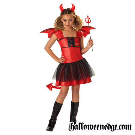 Halloween Craft Ideas Year Olds on Devil Darling Costume There Are Always A Few Devil Costumes That